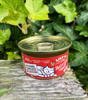 Lily's Kitchen Ternera y Pollo Cuts in Gravy
